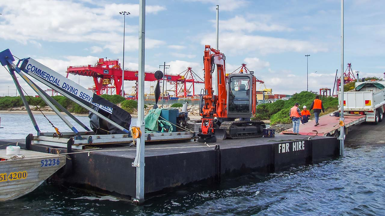 Barge Hire 12m Equipment Loading