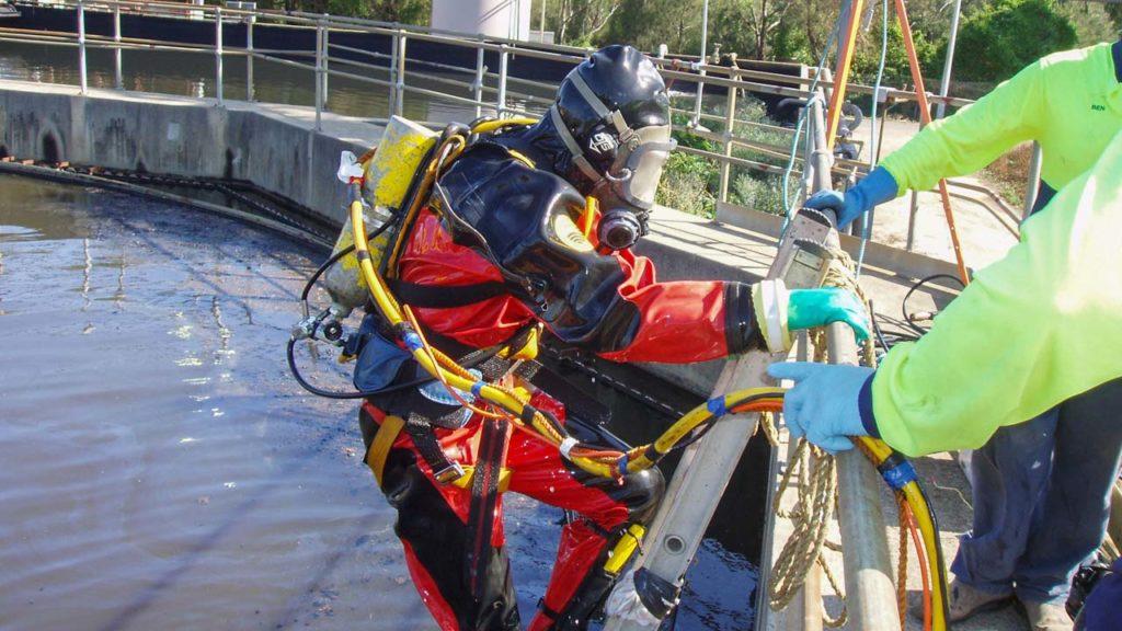 Reservoir Decontamination Suit