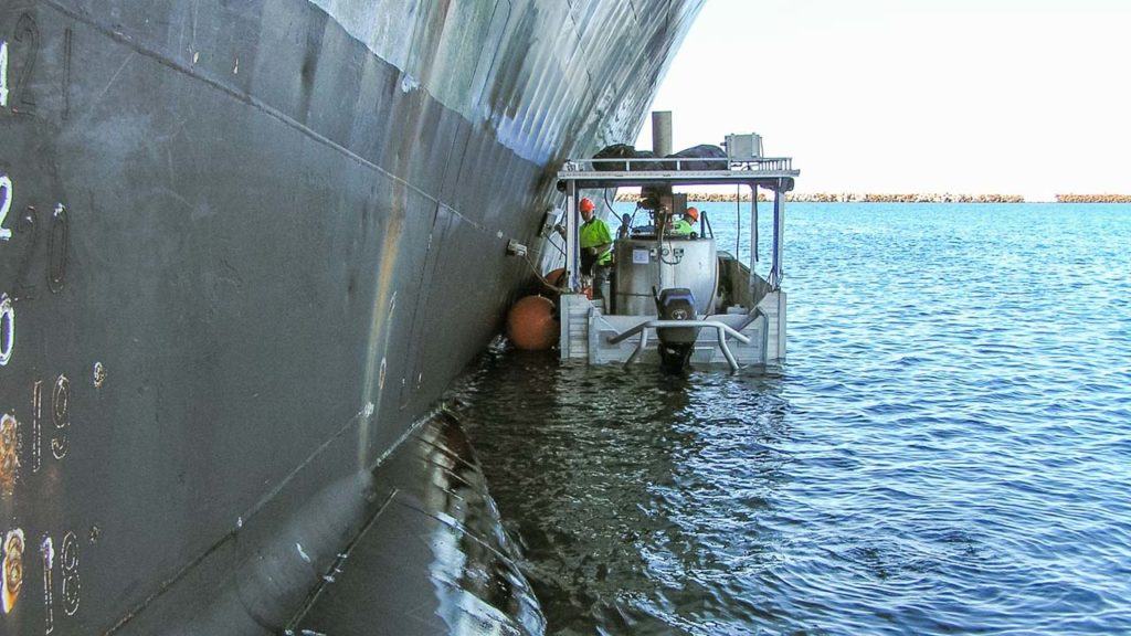 Ship Hull Cleaning Service