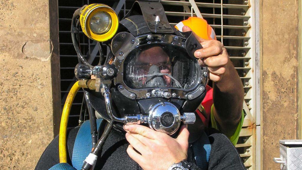 Tim Johnson Dam Diving