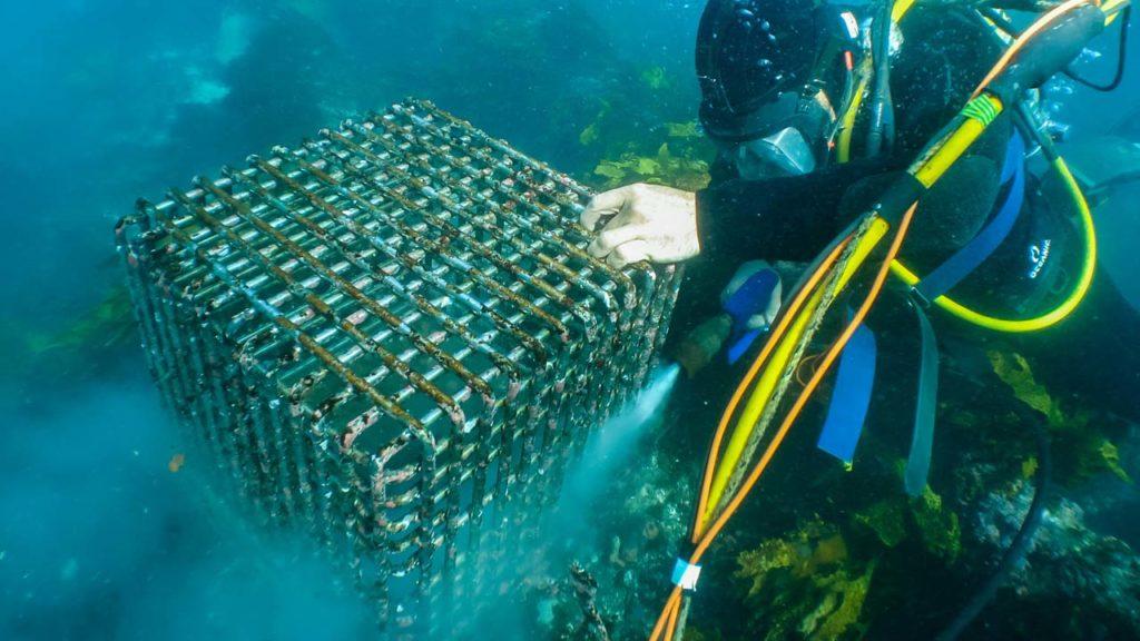Underwater Pressure Blasting Cage
