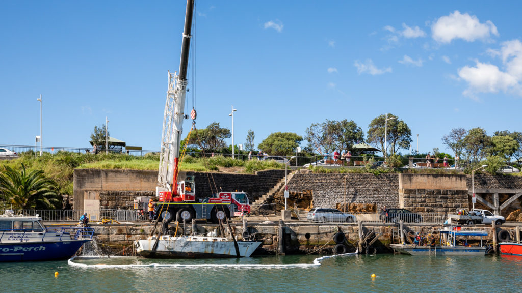 Wollongong Harbour Yacht Recovery